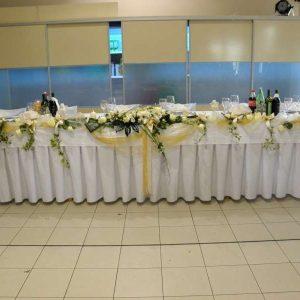 dekoracija stola za mladence primjer br.2