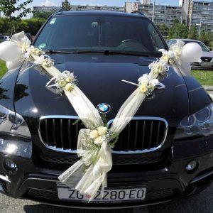 dekoracija auta