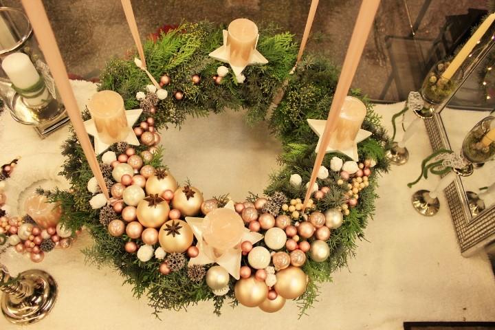 Božićni aranžmani, adventski vjenčići